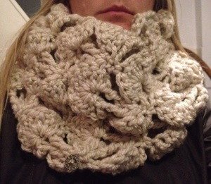 Crochet winter cowl